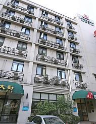白玉兰酒店(上海鲁迅公园虹口足球场店)