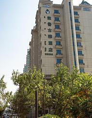 包头敖鲁古雅酒店